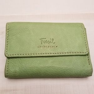 {OS} Vintage Fossil Green Leather Wallet